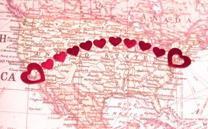 LOVE AND LEARN TO LIVE WITH YOUR LONG DISTANCE RELATIONSHIP